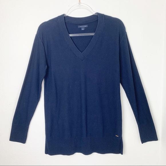 Tommy Hilfiger Other - Tommy Hilfiger Navy Blue V Neck Cotton Sweater EUC